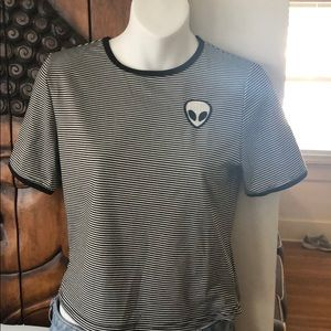 Tops - Cute little black & white shirt with alien detail